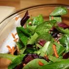 Salata asortata cu spanac
