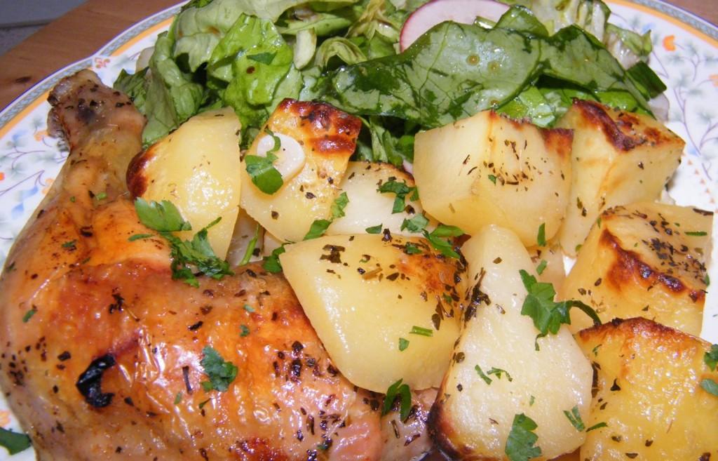 pulpe de pui cu cartofi la cuptor