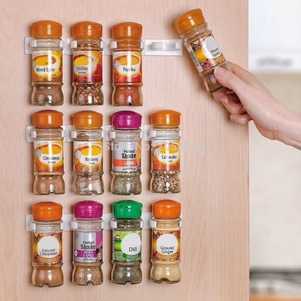 Soluție simplă pentru organizarea condimentelor