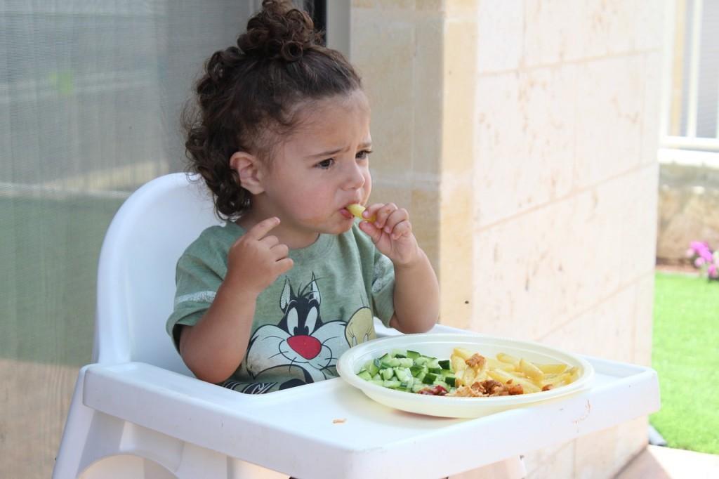 Atunci când copiii refuză mâncarea serioasă. Sursa foto
