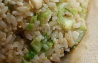 Mancare de orez cu varza dulce si ceapa