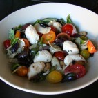 Salata cu ciuperci crude