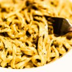 Spaghetti cu nuci