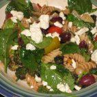 Salata cu paste greceasca