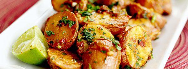 Cartofi cu lamaie la cuptor