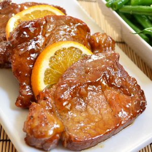 File de porc cu sos de portocala