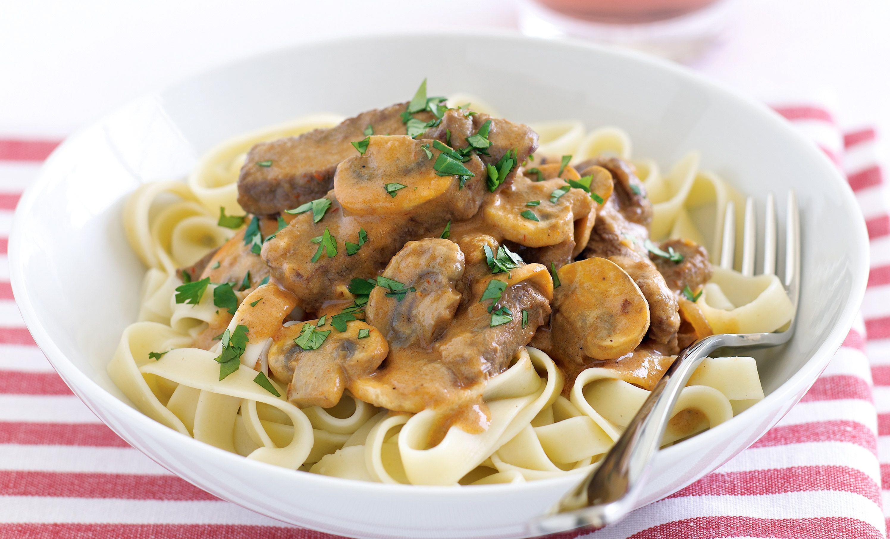 Paste cu ciuperci si carne de vita