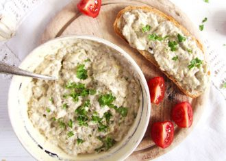 Salata-vinete-cu maioneza