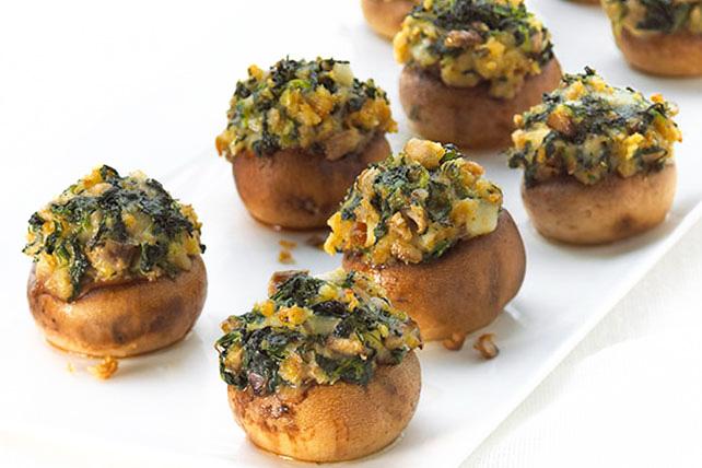 Ciuperci umplute cu usturoi si cartofi