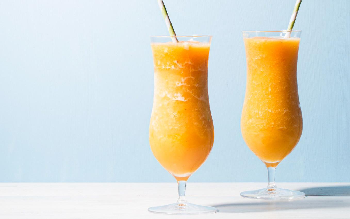 Cocktail cu portocale si piersici