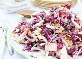 Salata de varza rosie cu nuci