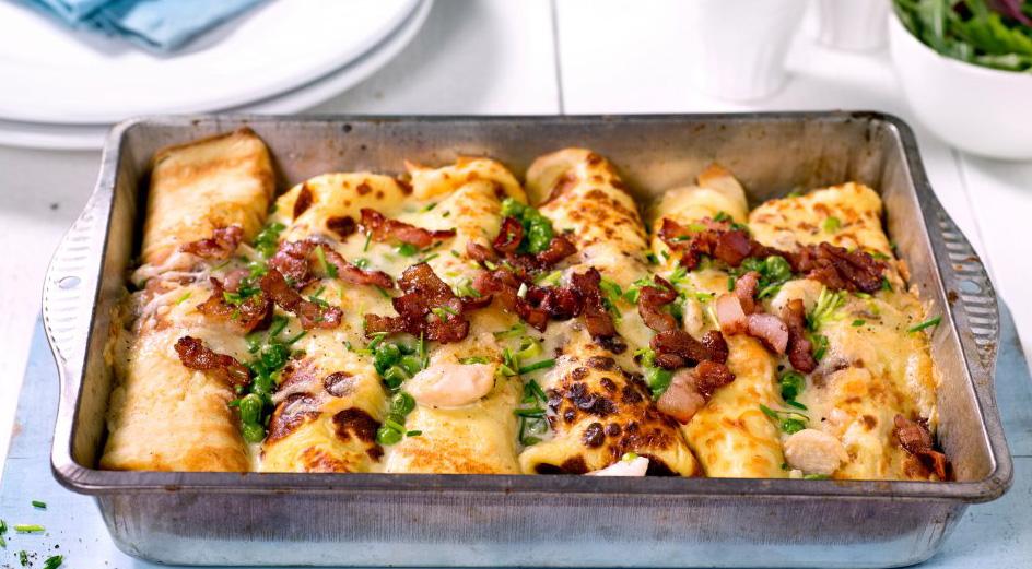 Clatite la cuptor umplute cu legume si pui