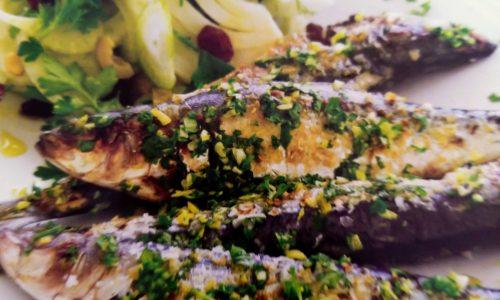 Sardine la gatar cu salata de fenicu