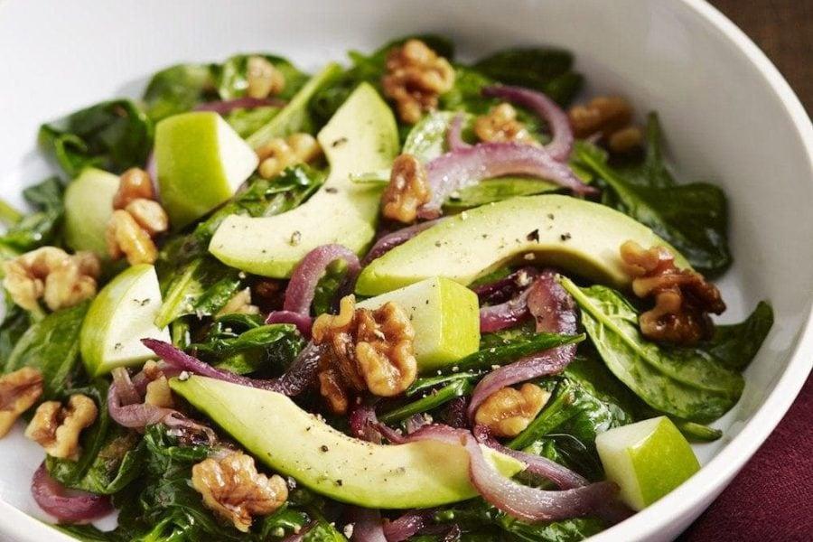 Salata de avocado cu mere verzi