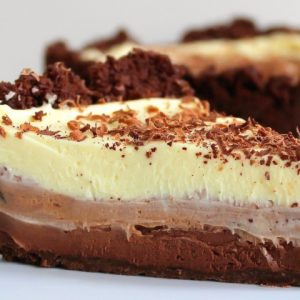 Prajitura madagascar cu trei feluri de ciocolata