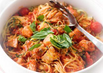 Spaghete cu sardine si capere