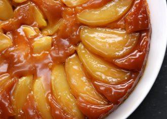 Tarta de mere cu caramel