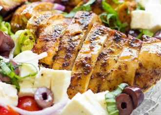 Pui grecesc marinat in iaurt