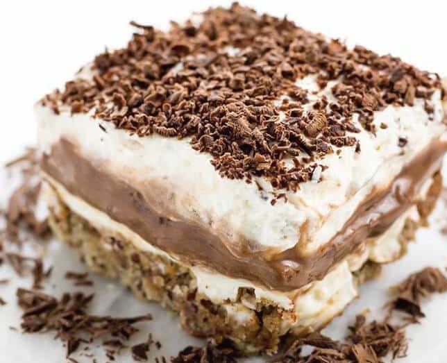 prajitura in straturi cu crema de vanilie si ciocolata