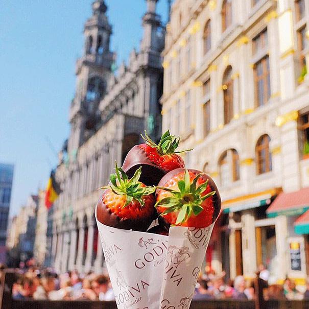 Căpșuni în ciocolată