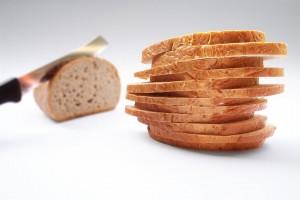 Românii mănâncă foarte multă pâine