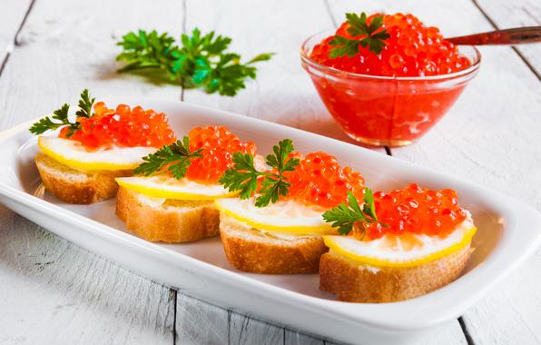 Tartine cu unt si caviar