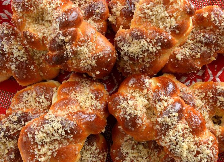 mucenici-moldovenesti- de post cu miere si nuca