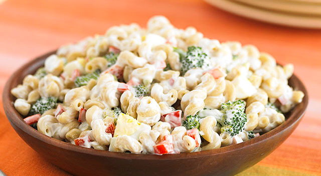 salata cu broccoli si paste si maioneza vegetala
